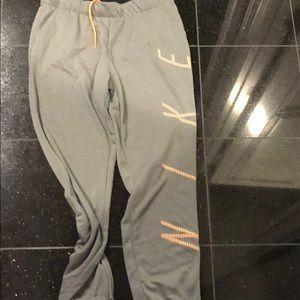 Sweatpants/joggers